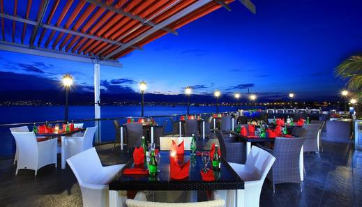 Swiss-Belhotel Silae Palu - PATIO TERRACE
