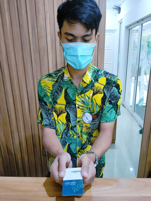 Narra Hotel Semarang Semarang - Key Card & Staff