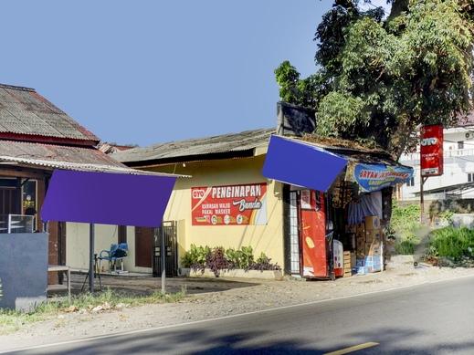 OYO 1187 Penginapan Bunda Sukabumi - Facade