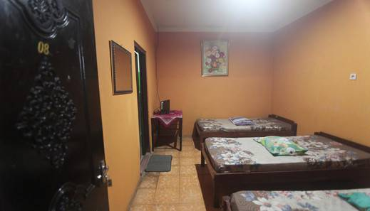 Pelangi Hotel Manggarai Barat - Family AC