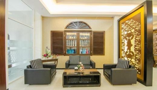 Putri Utari Guest House Malang - Interior