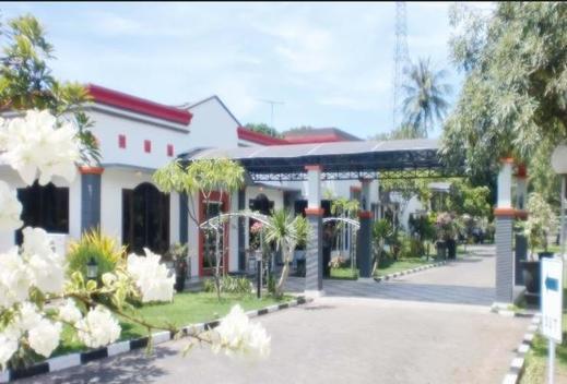 Paiton Resort Hotel Probolinggo - Exterior PAITON RESORT HOTEL 1