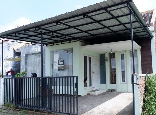 Papyrus Homestay Syariah Malang - bangunan