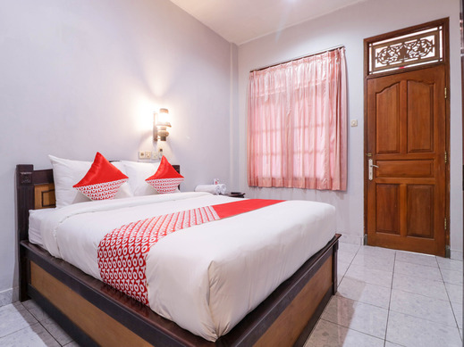 OYO 2411 Taman Mekar Beach Inn 2 Bali - Guestroom SD