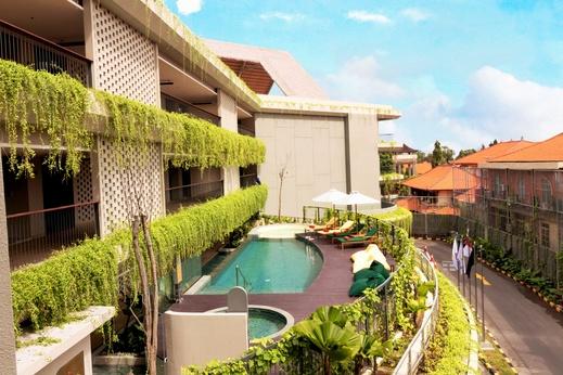 Beachwalk Residence Bali - Pool