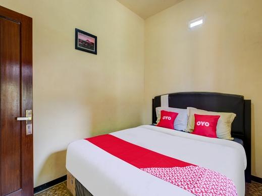 OYO 3470 Villa Dapur Tengger Probolinggo - Bedroom