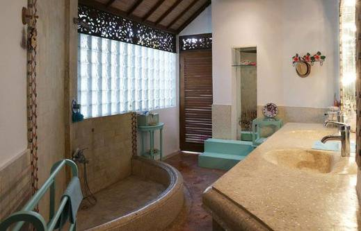 Villa Flora Bali - Kamar mandi