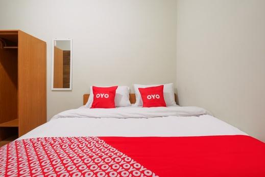 OYO 90045 Annafi Apartel Jogja - Bedroom