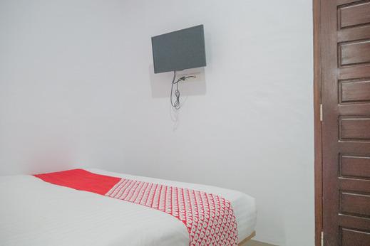 OYO 985 Audi Inn Hotel Belitung - Guestroom