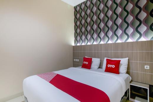OYO 2320 Hotel Charvita Kupang - Hotel Pic