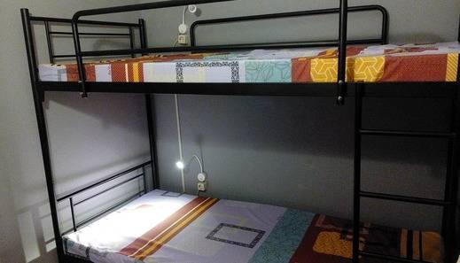 The Hostel Surabaya - the Hostel tempat tidur susun untuk 2 orang