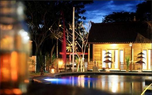 Kubu Arma Lembongan Bali -