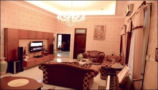 Hening House Purwokerto - 3 Bedrooms Banyumas - interior