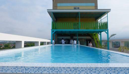 Syariah Radho Hotel Malang - Pool Roof top