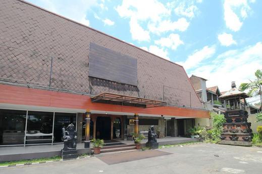 Airy Carturtunggal Laksda Adisucipto 6 Yogyakarta - Property Building