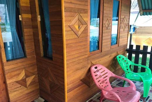 VIP Bungalow - Meliya Homestay Lima Puluh Kota - Balcony