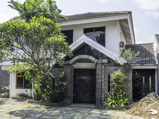 OYO 1646 Imelda Residence Bandung - Facade