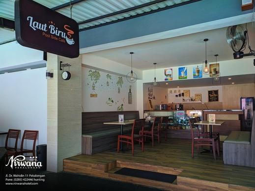 Hotel Nirwana Pekalongan - Kafe Kolam Renang
