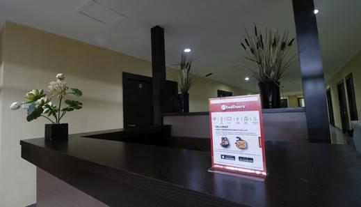 RedDoorz near ITC Cempaka Mas Jakarta - Interior