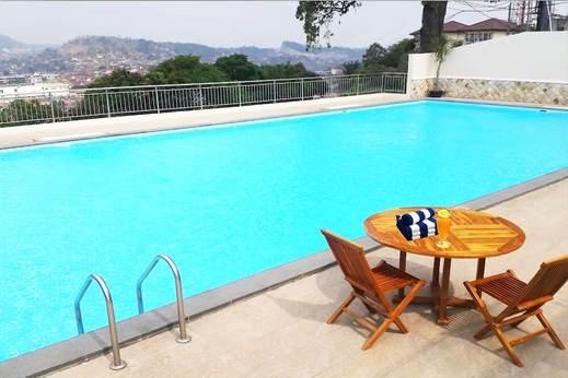 Bukit Randu Hotel & Resort Bandar Lampung - Rooftop Pool