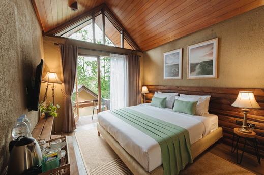 Kampuh Becik Villas Bandung - Abutilon Executive Bedroom