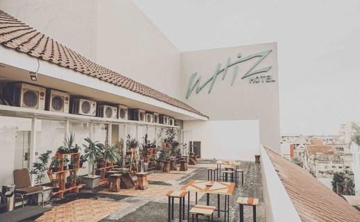 Whiz Hotel Malioboro Yogyakarta - Balkon