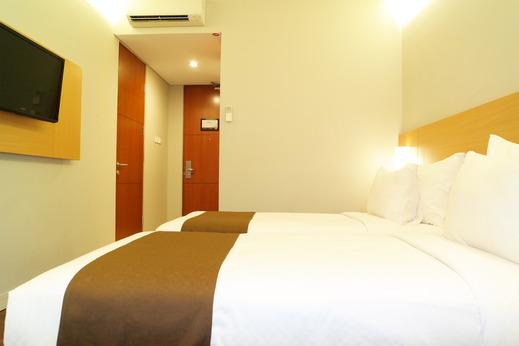 Kuta Majesty Hotel By Urban Styles Bali - interior