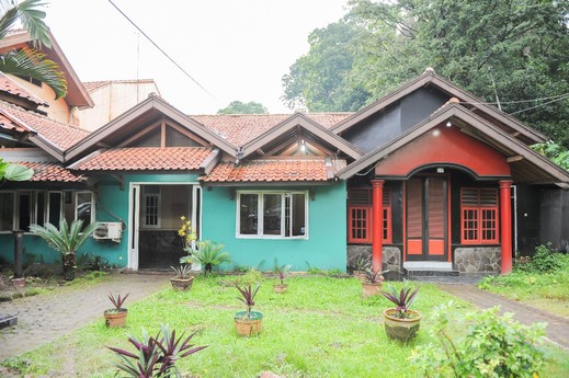 SPOT ON 2584 Hotel Karya Nunggal Asri Sumedang - Facade