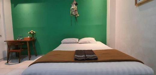 The Cabin Tugu Hostel Yogyakarta - Room