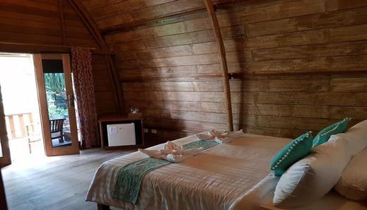 Villa Damai Lombok - room