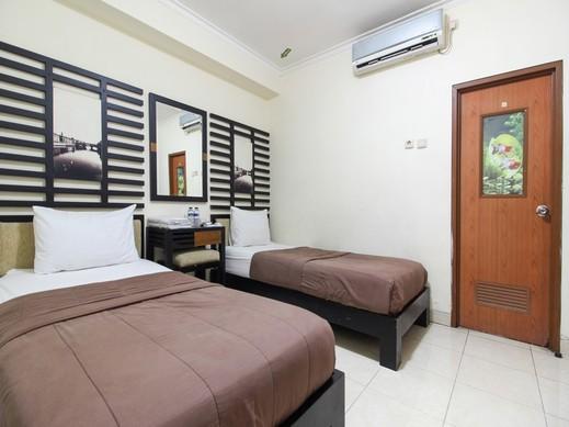 Pi Hotel Malioboro Yogyakarta - Kamar Tamu