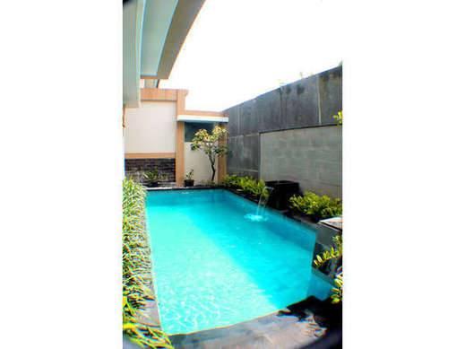 Sri Ratu Villa Bali -