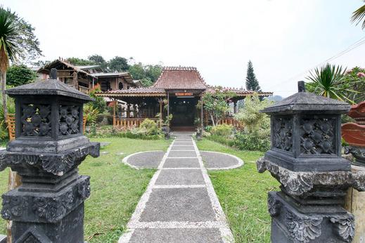 Airy Eco Cisarua Puncak Taman Safari Bogor Bogor - Exterior