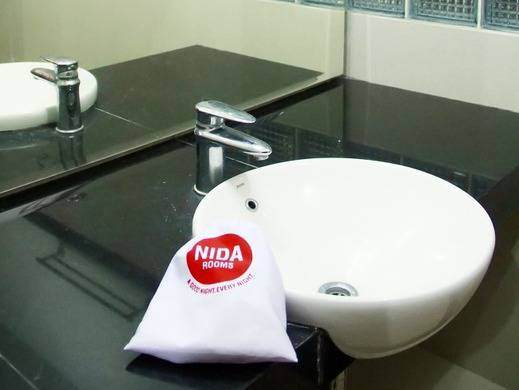 NIDA Rooms Kawi Atas 48 Klojen - Kamar mandi