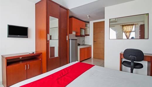 RedDoorz Apartment @ Margonda Residence Depok - Kamar tamu