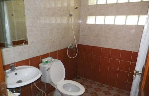 Hotel Puri Larasati Bandung - Kamar mandi