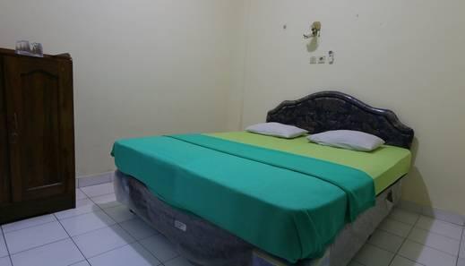 Hotel Prayogo III Prawirotaman Jogja - Bedroom