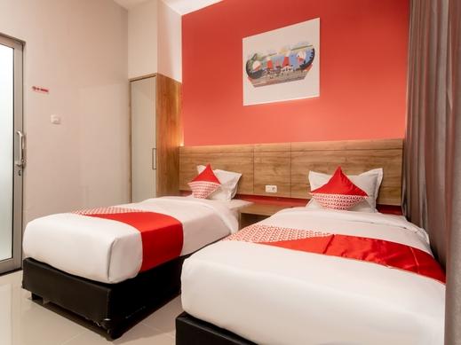 OYO 3159 Festive Inn Medan - BEDROOM DT