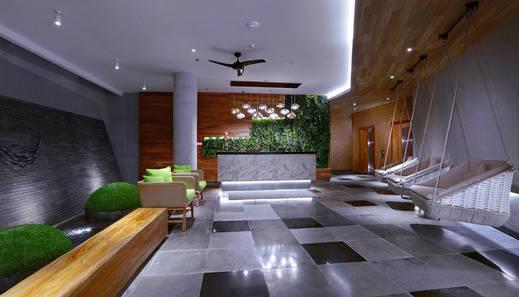 Vasanti Kuta Hotel Bali - Lobby Area