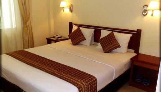 Jelita Tanjung Hotel Tabalong - Deluxe King