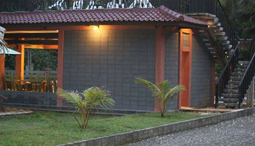 Amazon Bungalow & Cottages Pangandaran - Eksterior