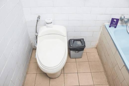 Tinggal Budget Lebak Bene Legian - Kamar mandi
