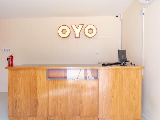 OYO 2895 Paranginan Residence Medan - Reception