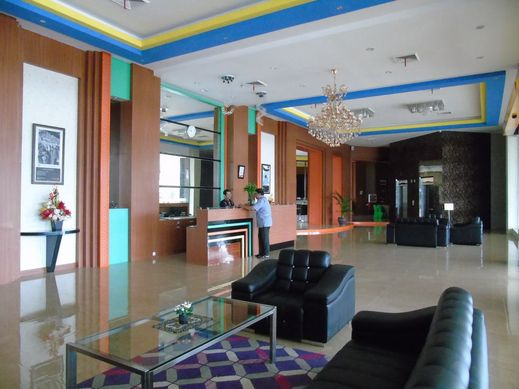 V Hotel Jambi Jambi - interior
