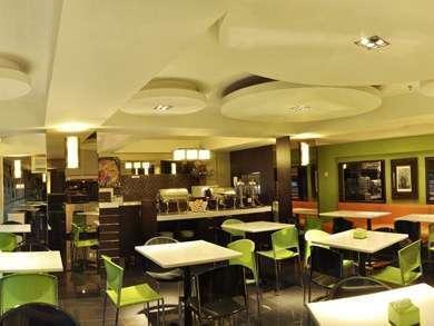 Bamboo Inn Hotel & Cafe Jakarta - Restoran