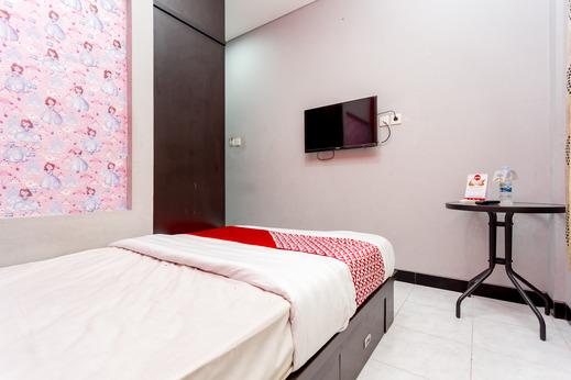 OYO 834 ALLETHA Guest House 1 Balikpapan - Guestroom