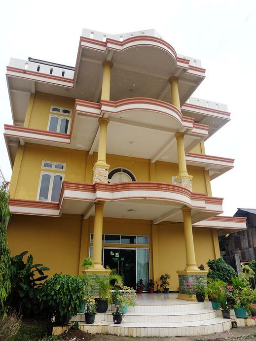 OYO 1426 Assyifa Hotel Bungo - Facade