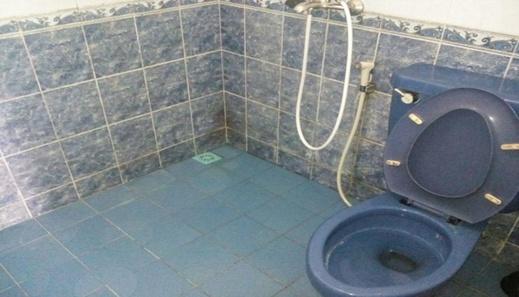 Santibi's Villa Kota Bunga Melati C Cianjur - Bathroom