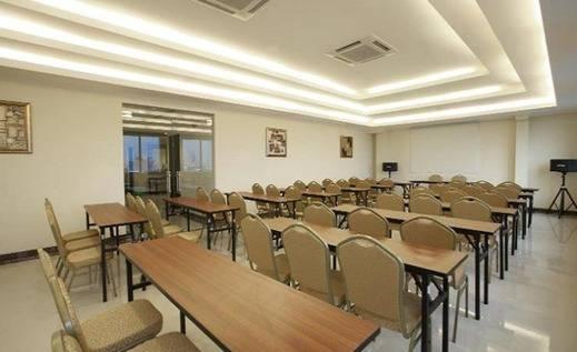 Tinggal Standard Jalan Biak Gambir Cideng - Ruang Rapat