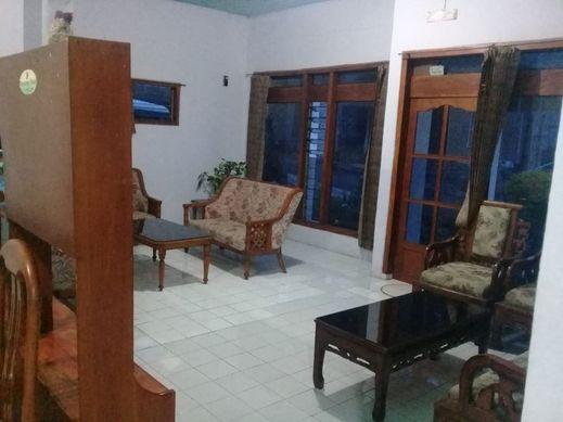 Homestay Firdaus 2 Probolinggo - Interior